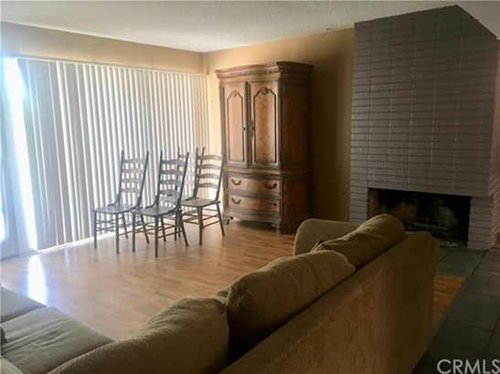 14107 Burning Tree Drive, Victorville, CA - USA (photo 5)