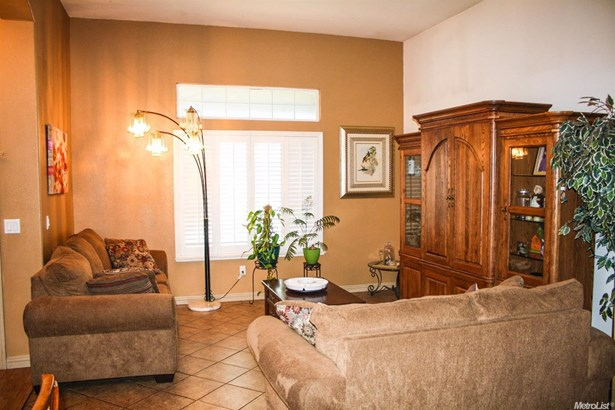 2070 Kimball Hill Court, Stockton, CA - USA (photo 2)
