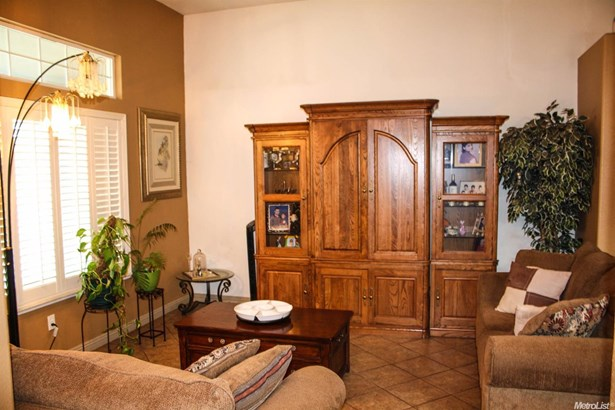 2070 Kimball Hill Court, Stockton, CA - USA (photo 4)