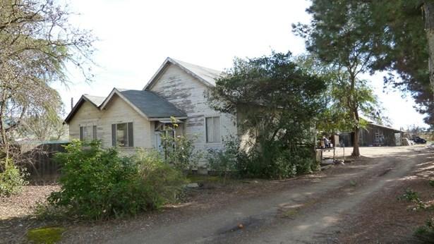 2570 Dryden Avenue, Gilroy, CA - USA (photo 1)