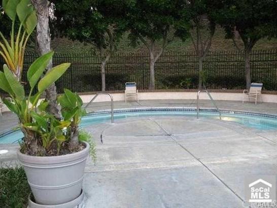 13431 Fontwell Court 22, La Mirada, CA - USA (photo 4)
