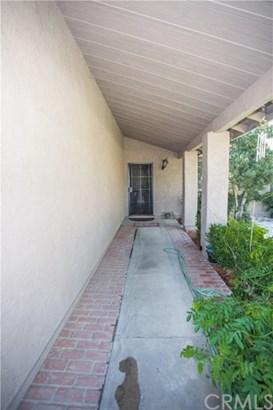 16221 Green Hill Drive, Victorville, CA - USA (photo 5)