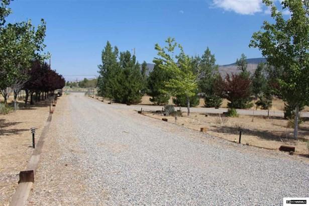 107197 Us Highway 395, Walker, CA - USA (photo 4)