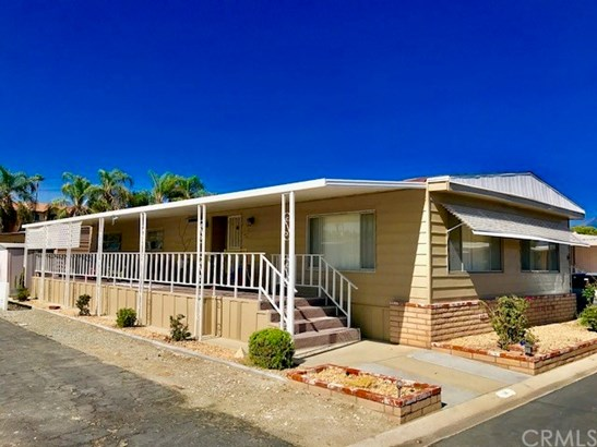 2205 W Acacia Avenue 14, Hemet, CA - USA (photo 1)