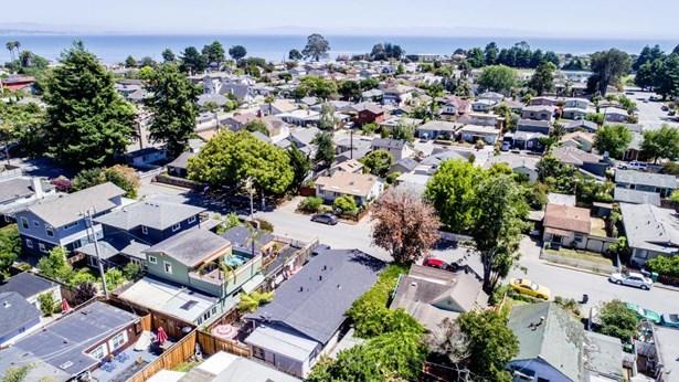 4595 Emerald Street, Capitola, CA - USA (photo 2)