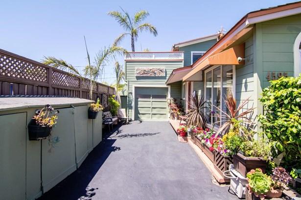 4595 Emerald Street, Capitola, CA - USA (photo 4)
