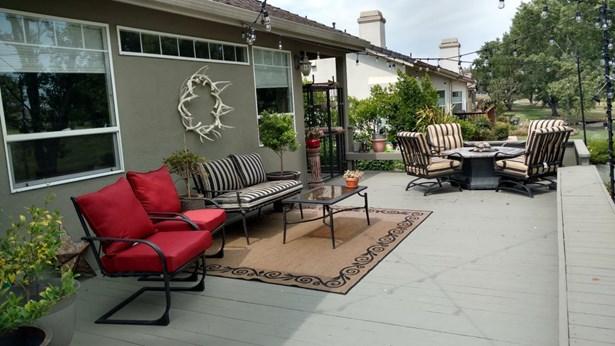 1116 Ridgemark Drive, Hollister, CA - USA (photo 4)