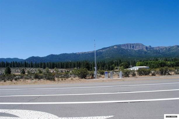 711-710 Sears Road, Janesville, CA - USA (photo 2)
