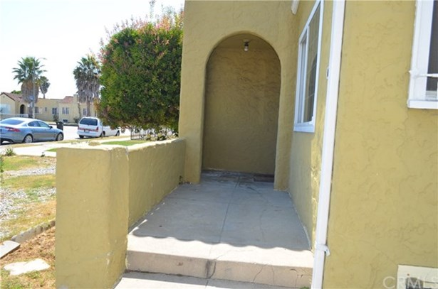 1851 W 65th Place, Los Angeles, CA - USA (photo 2)