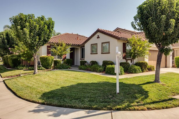 9289 Trout Way, Elk Grove, CA - USA (photo 2)