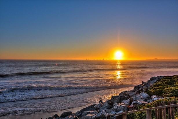 22750 East Cliff Drive, Santa Cruz, CA - USA (photo 4)