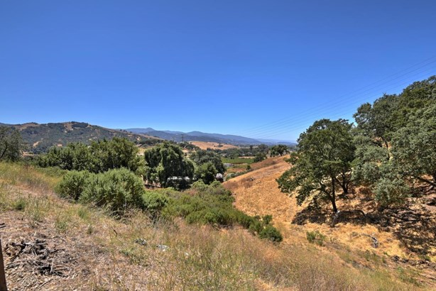 22605 Country View Lane, San Jose, CA - USA (photo 2)