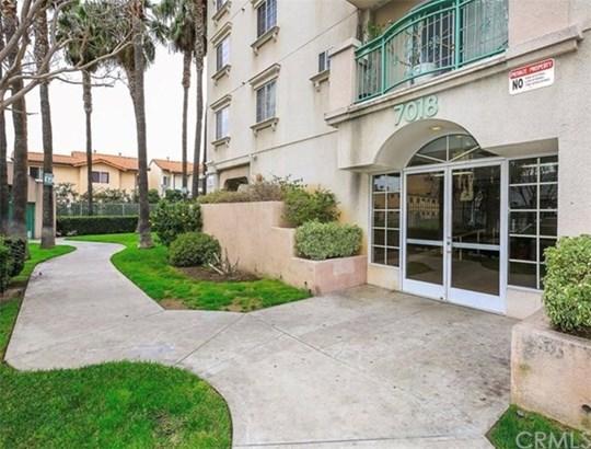 7018 Rita Avenue 209, Huntington Park, CA - USA (photo 1)