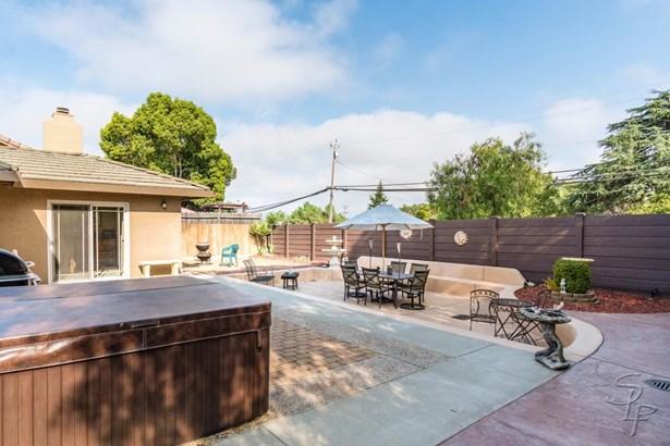 1496 Jenner Court, Hollister, CA - USA (photo 4)