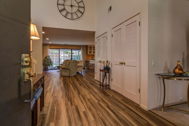 2109 Cassie Hill Place, Gold River, CA - USA (photo 5)