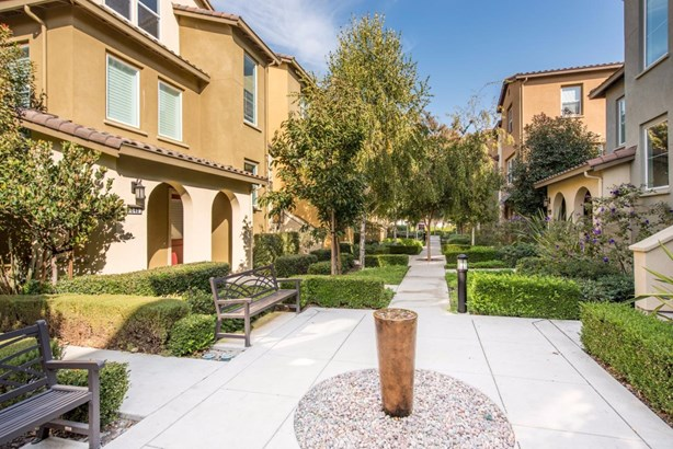 956 Fontana Terrace, Sunnyvale, CA - USA (photo 2)