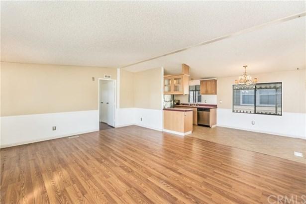 8389 Baker Avenue 35, Rancho Cucamonga, CA - USA (photo 3)