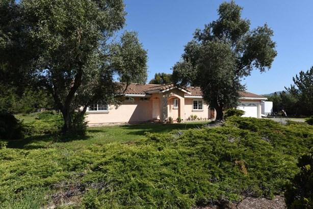 225 Highland, San Martin, CA - USA (photo 2)