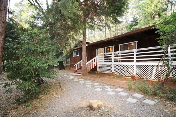 15126 Chattering Pines Road, Grass Valley, CA - USA (photo 2)