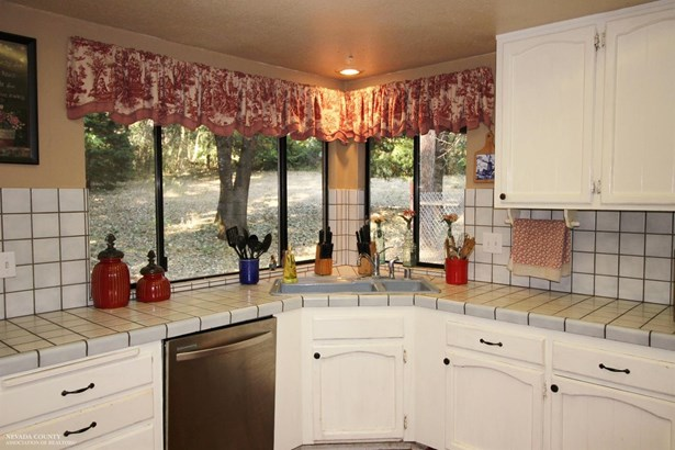 15126 Chattering Pines Road, Grass Valley, CA - USA (photo 5)
