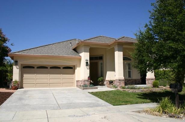 1637 Valley Oaks Drive, Gilroy, CA - USA (photo 1)