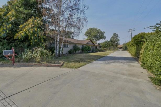 8125 Bailey Road, Yuba City, CA - USA (photo 2)