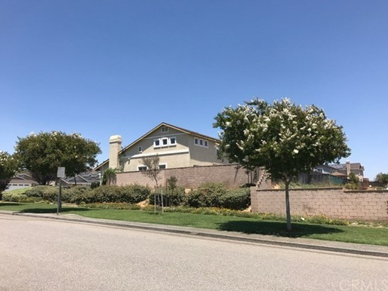 1310 Park Way, Lake Elsinore, CA - USA (photo 2)