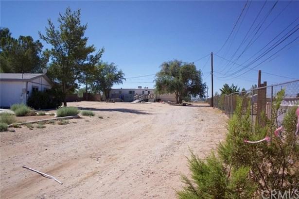 13215 Camellia Road, Victorville, CA - USA (photo 1)