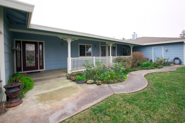 2130 Holcomb Avenue, Yuba City, CA - USA (photo 1)