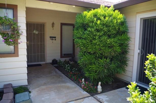 9836 Honey Bear Lane, Stockton, CA - USA (photo 2)
