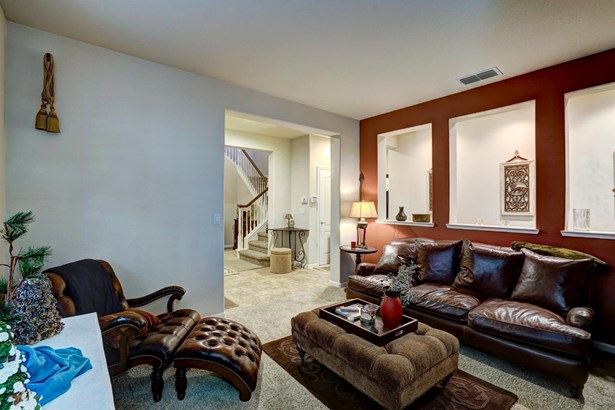 642 Farrington Street, Mountain House, CA - USA (photo 5)