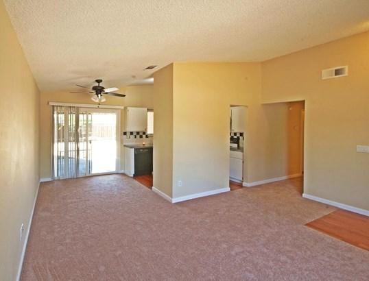 1045 Joranollo Drive, Tracy, CA - USA (photo 4)