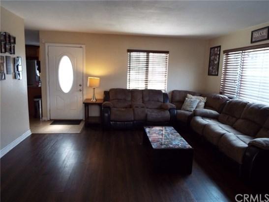 8651 Raintree Avenue, Riverside, CA - USA (photo 4)