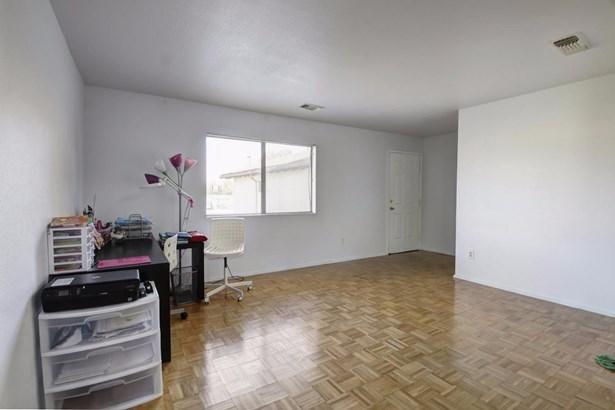 636 Todhunter Avenue, West Sacramento, CA - USA (photo 4)