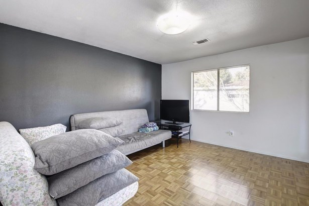 636 Todhunter Avenue, West Sacramento, CA - USA (photo 5)