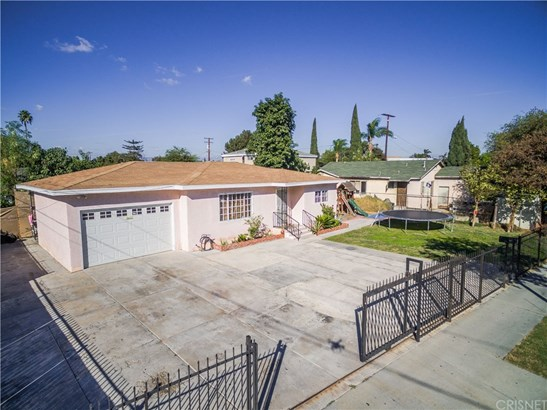 2415 East Stockwell Street East, Compton, CA - USA (photo 1)