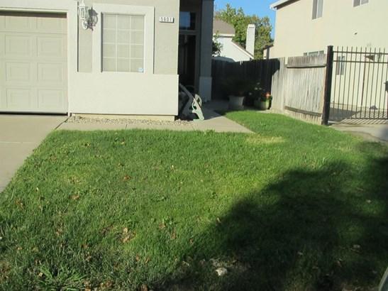 5601 Northeast Adobe Spring Way, Elk Grove, CA - USA (photo 3)