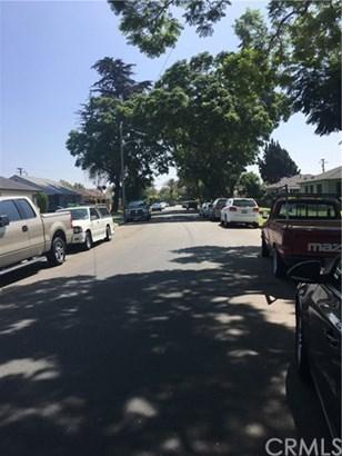 1801 E Queensdale Street, Compton, CA - USA (photo 2)