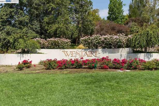 268 Crestview Avenue, Martinez, CA - USA (photo 2)