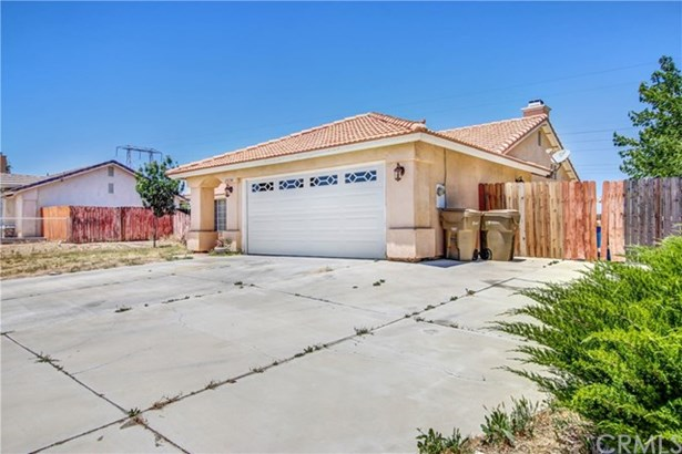 15134 Cromdale Street, Hesperia, CA - USA (photo 3)
