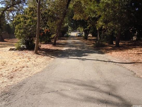 6401 Sutter Avenue, Carmichael, CA - USA (photo 2)