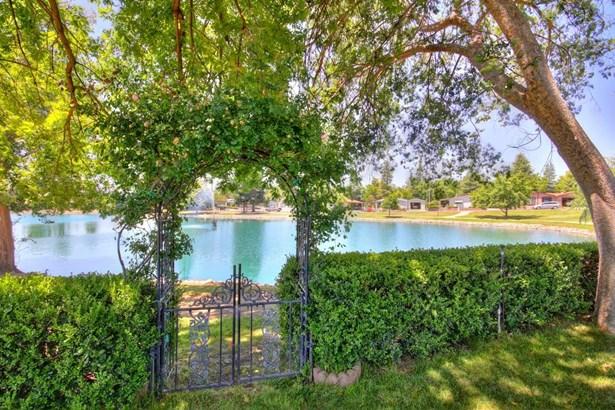6745 Alden Lane, Citrus Heights, CA - USA (photo 2)