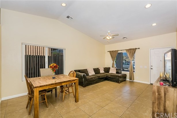 13949 El Cajon Drive, Desert Hot Springs, CA - USA (photo 5)