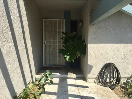1015 N Linden Avenue, Rialto, CA - USA (photo 3)