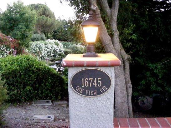 16745 Oak View Circle, Morgan Hill, CA - USA (photo 2)