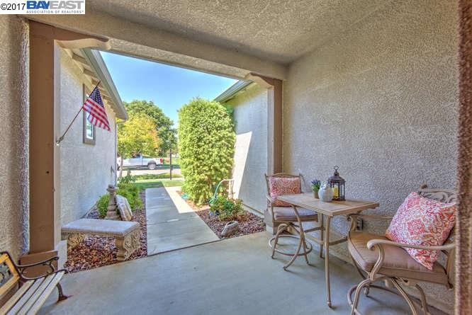 612 Eileen St, Brentwood, CA - USA (photo 2)