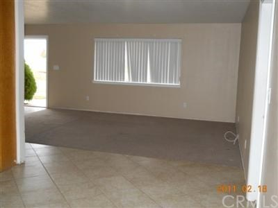 6975 Eton Court, Hesperia, CA - USA (photo 2)