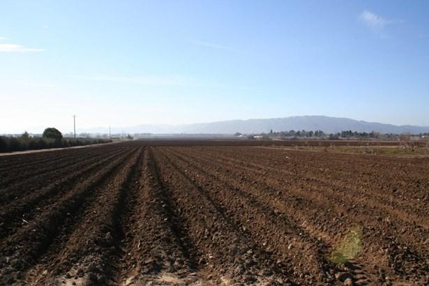 3050 Pacheco Pass Highway, Gilroy, CA - USA (photo 3)