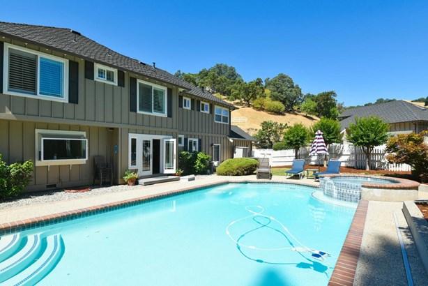 17830 Woodland Avenue, Morgan Hill, CA - USA (photo 4)