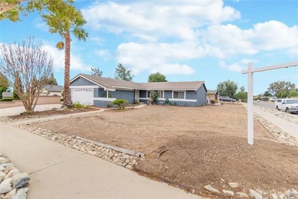 6154 Granby Avenue, Alta Loma, CA - USA (photo 2)